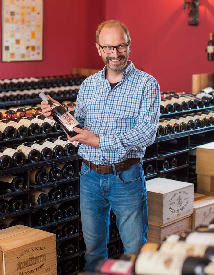 Adrian Winkler spiega rarità vino