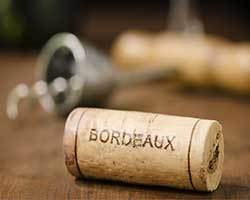 Wine bottle corks with Bordeaux print thumbnail
